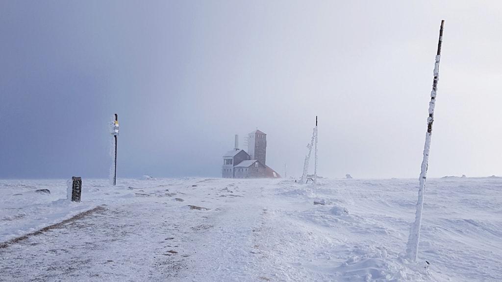 zblizamy-sie do-snieznych-kotlow-w-drodze-na-szyszak-wielki