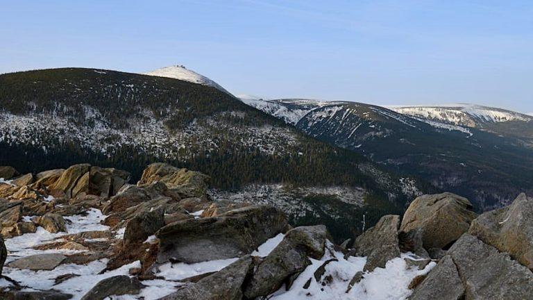 Śnieżka – Królowa Karkonoszy z Przełęczy Okraj
