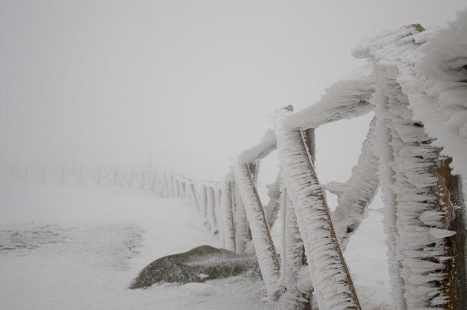 sniezka-zimowy-klimat-w-karkonoszach