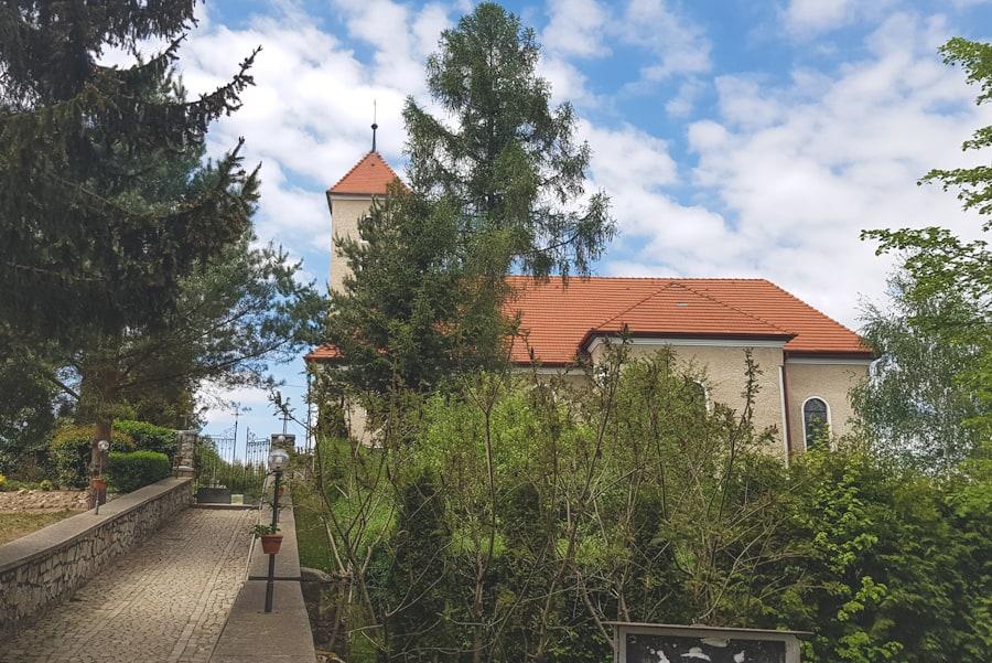 Kościół Podwyższenia Św. Krzyża w Jarnołtowie