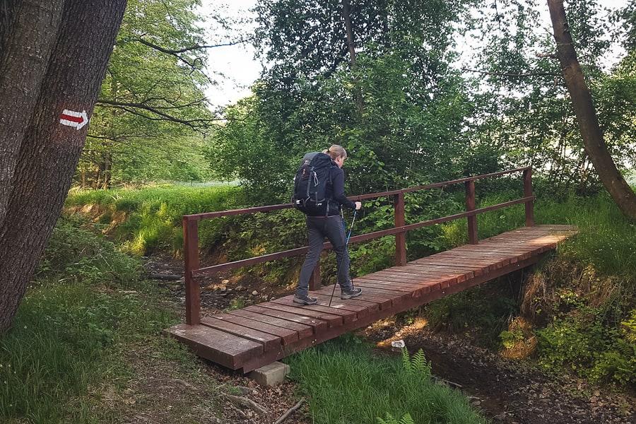 Drewniany mostek na GSS