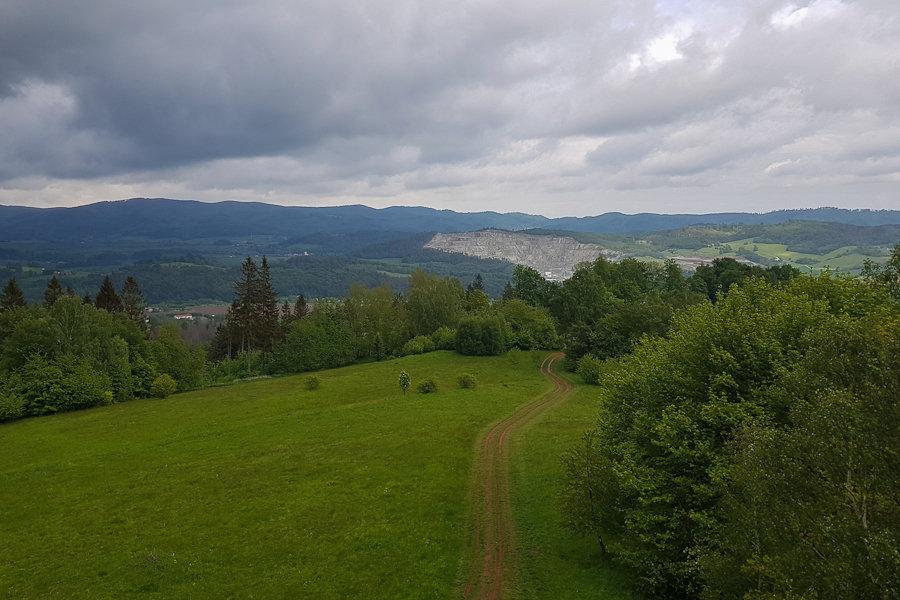 gss-dzien-10-trasa-szczeliniec-nowa-huta-gora-wszystkich-swietych-dolny-slask-widok-na-kopalnie