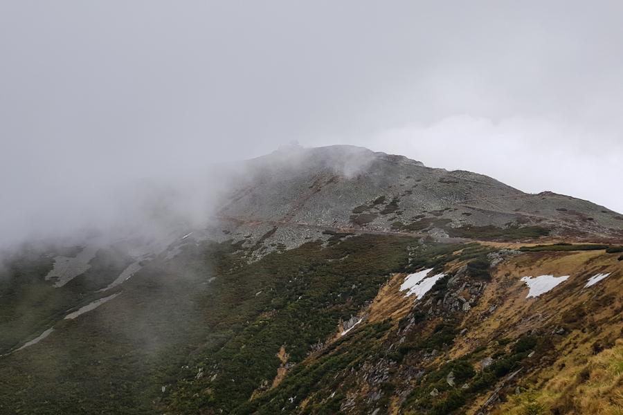 gss-dzien-15-24-kociol-lomniczki-widok-na sniezke-karkonoski-park-narodowy-karkonosze-dolny-slask