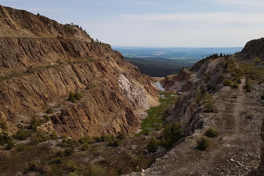 kopalnia-kwarcu-stanislaw-gory-izerskie-szlak-dlugodystansowy-dolny-slask