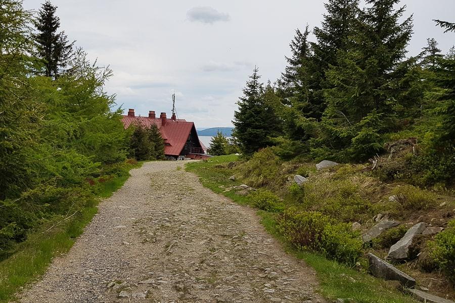 schronisko-na-stogu-izerskim-gory-izerskie-szlak-dlugodystansowy-dolny-slask