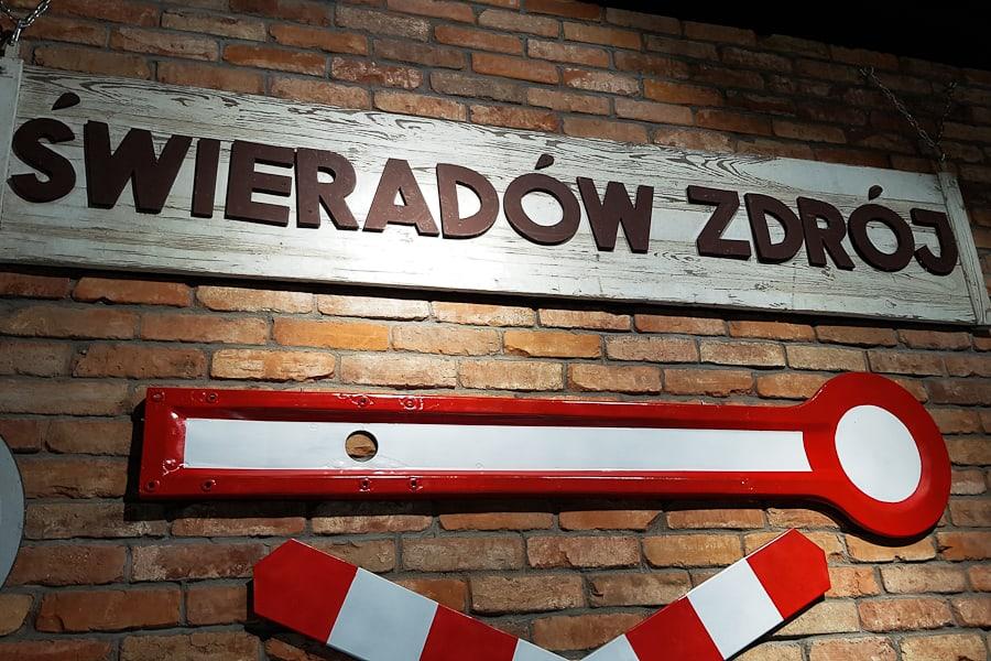 stacja-kultury-swiaradow-zdroj-szlak-dlugodystansowy-dolny-slask