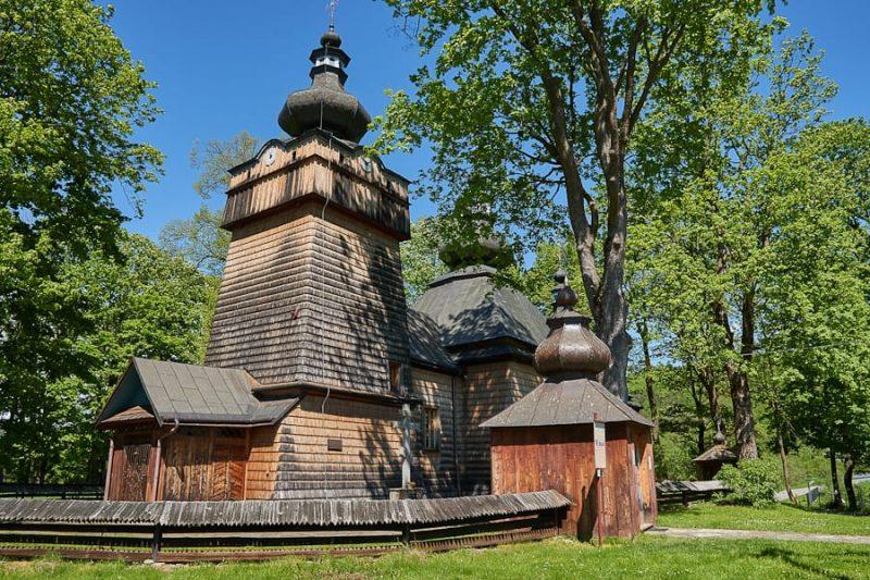 Główny Szlak Beskidzki Cerkiew w Chyrowej